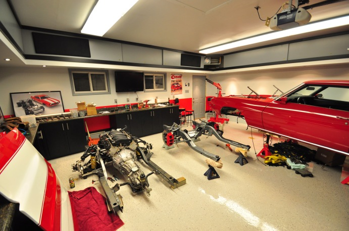 one-car-garage-man-cave-ideas